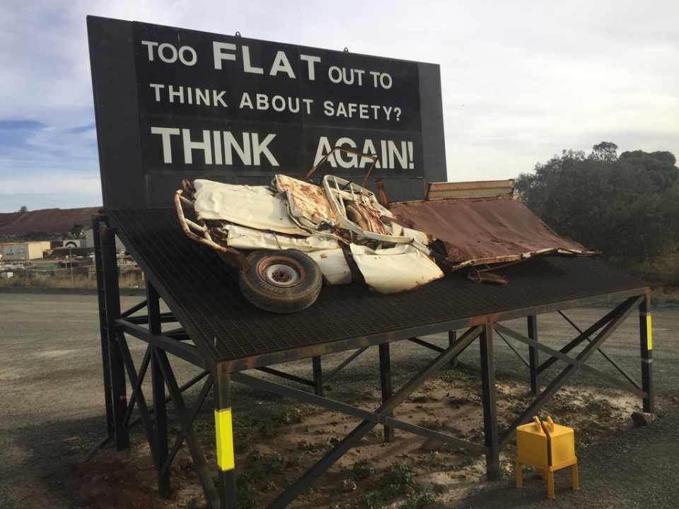 Worksafe reminder on the way into the Super Pit