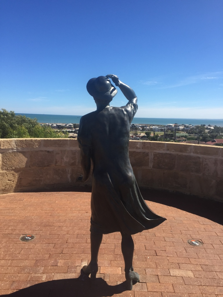 The lady looking to see - ironically directly to the location of the wreck of HMAS Sydney II - the wreck was discovered after this statue was placed.