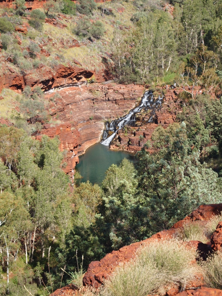 View of the waterfall in Dales Gorge